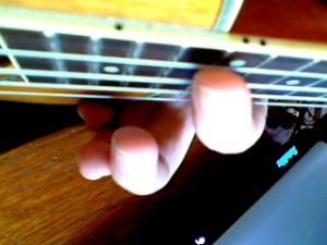 ukulele harmonic